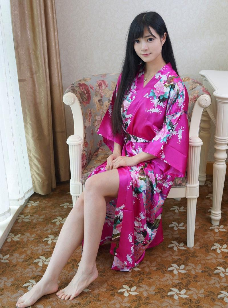 2018 Wholesale Hot Sale Hot Pink Chinese Lady Bathrobe Silk Rayon ...