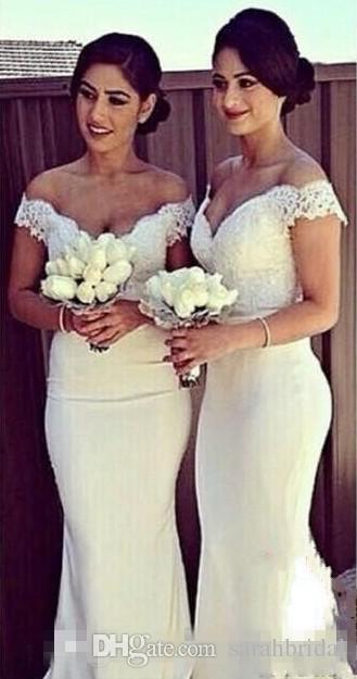 Branco Elegante Sereia Longa Dama De Honra Vestidos Fora Do Ombro do laço Vestido Da Vara Do Vestido Do Convidado Do Casamento Coberto Botão Voltar Vestido de Madrinha de Honra