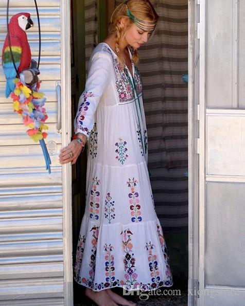 Beach maxi dress floral embroidered long Sleeve white dress Vintage Summer tassel boho chic style dresses brand clothing vestidos 2019