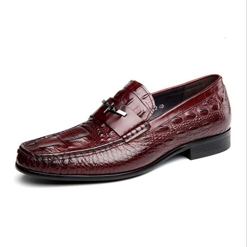 5a7f6a8cf2 Sapatos formais de Vaca de Couro de Vaca Primavera Verão Dos Homens de  Negócios Sapatos Casuais Básico Plana Britânico Moda Vestido de Noiva  Sapatos Pretos
