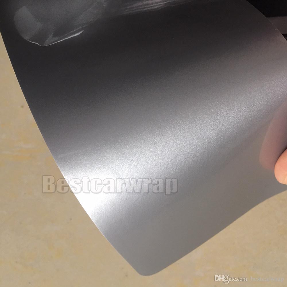 Gümüş Parlak Vinil wrap ultra Parlak 3 Katmanlar Ile Araba Wrap coat cilt gibi 3 M 1080 seris Hava Ücretsiz Boyutu: 1.52 * 20 M / Rulo 5x66ft