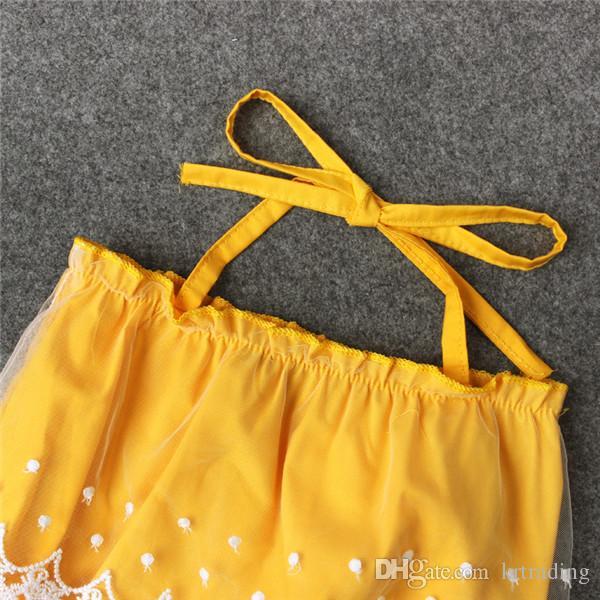 Baby Girls 레이스 업 옐로우 Romper 레이스 트리밍 Romper crotch snapper open 유아용 귀여운 여름 복장 1 ~ 2T