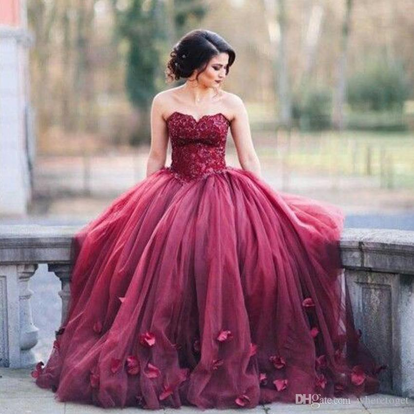 어두운 빨간 공 가운 이브닝 댄스 파티 드레스 아가씨 레이스 얇은 얇은 얇은 얇은 바닥 길이 2019 달콤한 16 공식 드레스 레이스 Appliques
