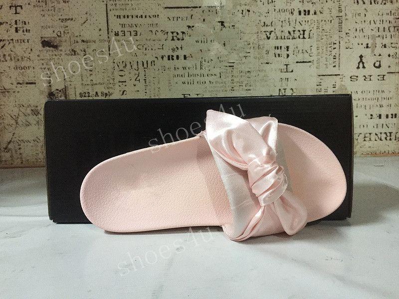 Avec boîte + sac à poussière Rihanna Fenty Bandana Slide Wns Bowtie Femmes Pantoufles Plage Chaussures 10 Couleurs Été Nouvelle Arrivée BOW SATIN SLIDE SANDALES