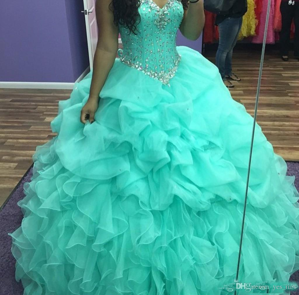 2017 Mint Green Quinceanera Ball Gown Dresses Sweetheart Crystal Beaded Puffy Organza Ruffles Tiered Long Sweet 16 Party Prom Evening Gowns