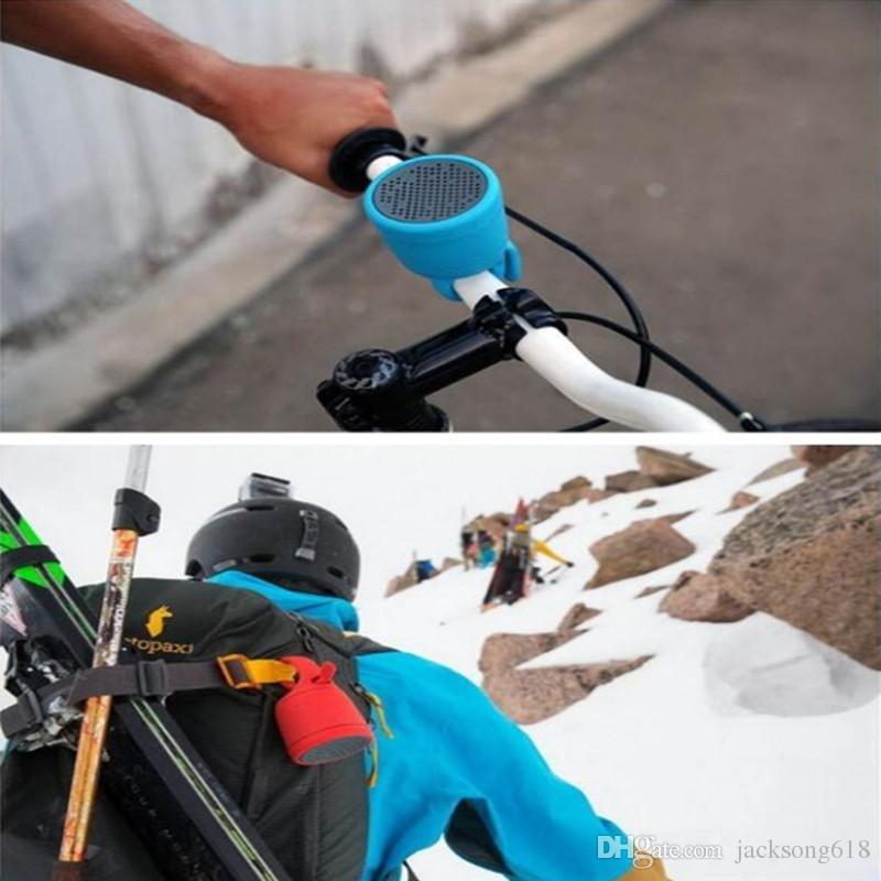 Venta caliente impermeable altavoz inalámbrico Bluetooth IPX7 Altavoz de la ducha sin manos al aire libre plegable renacuajos lechón pequeño altavoz estéreo Bluetooth