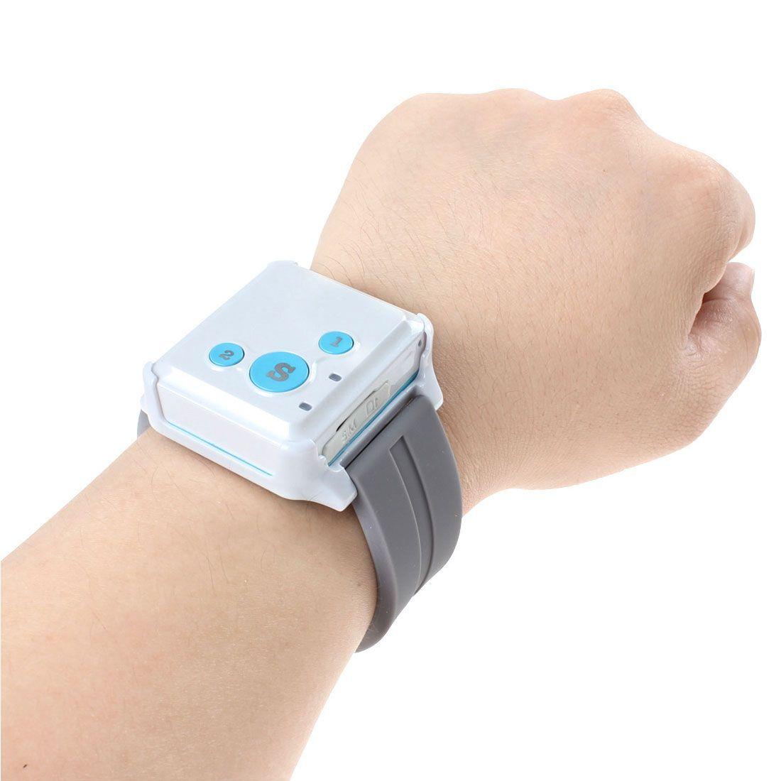 Nova marca portátil V16 GPS em tempo real rastreador SOS Communicator com pulseira de relógio estilo colar de colhedor ACA_126
