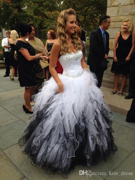 White and Black Quinceanera Dresses Prom Gowns Sweetheart Beaded Crystal Ball Gown Tulle Ruffled Graduation Party Gowns Custom Made New Q21