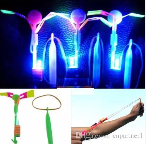 LED Ok Helikopter Uçan Helikopter Şemsiye paraşüt Çocuk Oyuncakları Uzay UFO LED Işık Noel Kids 'Hediye Yenilik Çocuk Uçan Oyuncaklar