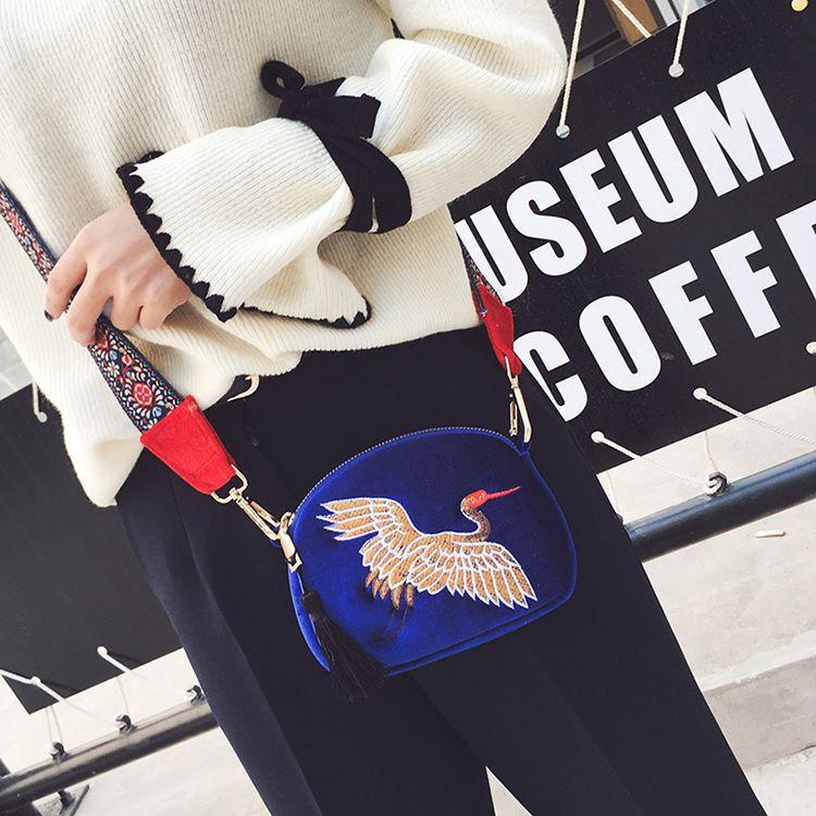 мода outlet Марка сумка улица с широкими ремнями все Матч женщины мода сумка качество кожа сумка простой раскладушка кожаный ранец