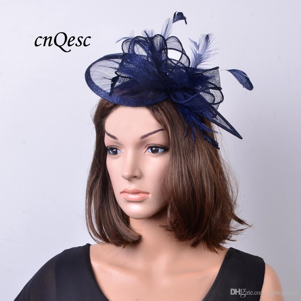 Navy Blue Sinamay Fascinator Hut Teardrop Form mit Federn und Schleife für Rennen, Hochzeit, Kentucky Derby, Party