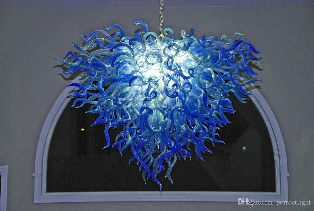 Envío gratis Smart Modern Designer Chandelier 100% Handmade High Ceiling Blue Colored Chandelier para Art Decoration