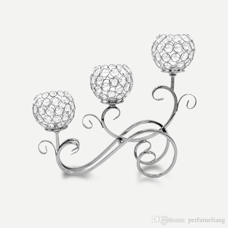 Metallgoldene überzogene Kerzenhalter 3-Arms mit Kristallen 42CMx36CM Stand-Säulen-Kerzenhalter für Hochzeits-Dekor-Kandelaber ZA3892