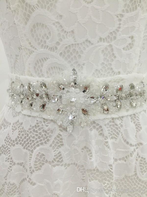 Echt Bild Spitze Hochzeitskleid Sheer Rundhalsausschnitt Capped Vintage Brautkleider Lace-up Zurück Abnehmbarer Gürtel Sparkly Crystals Beads
