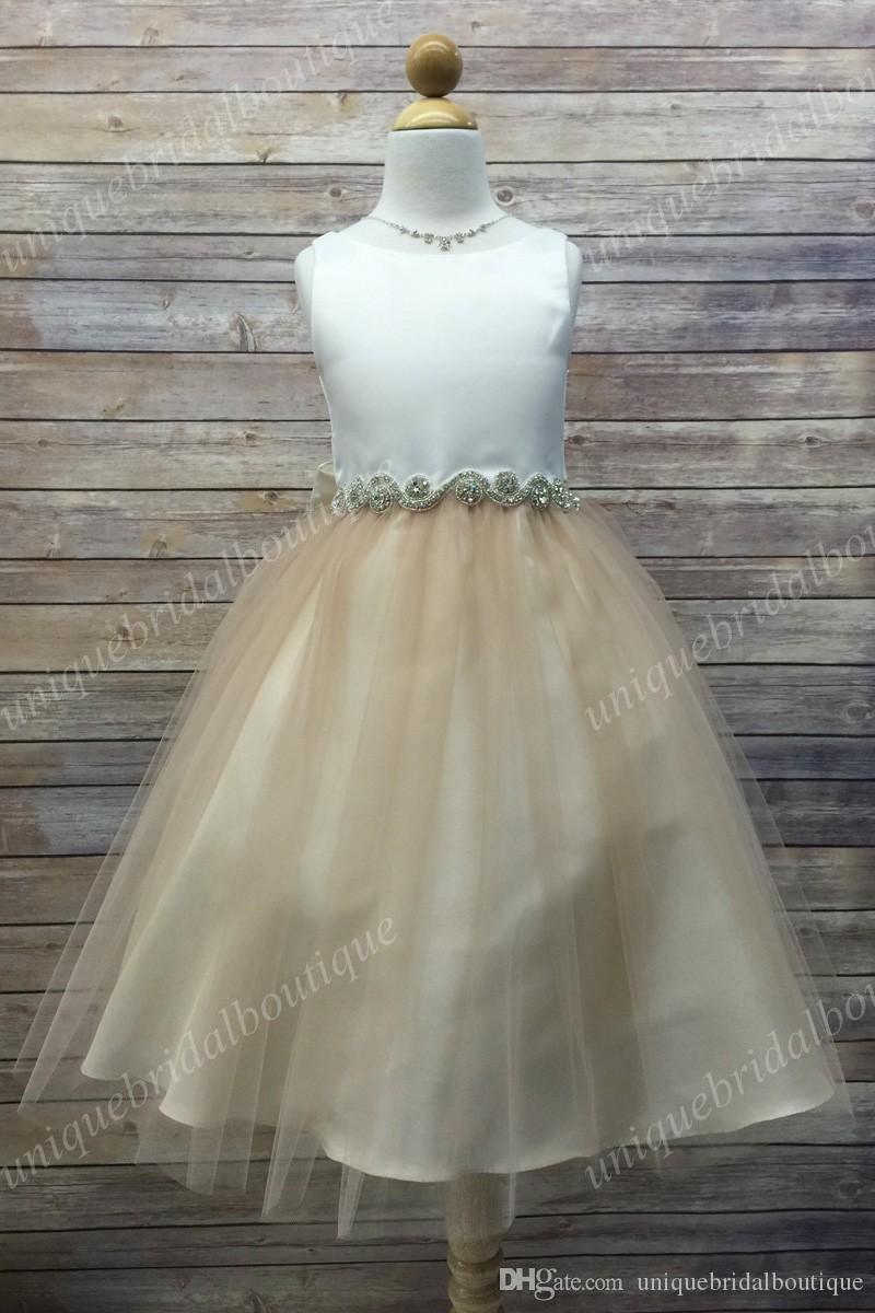 Mint Flower Girls Dresses con Jewel Neck e cristalli Sash Immagini reali Una linea lilla Prima Comunione Dress for Little Girls