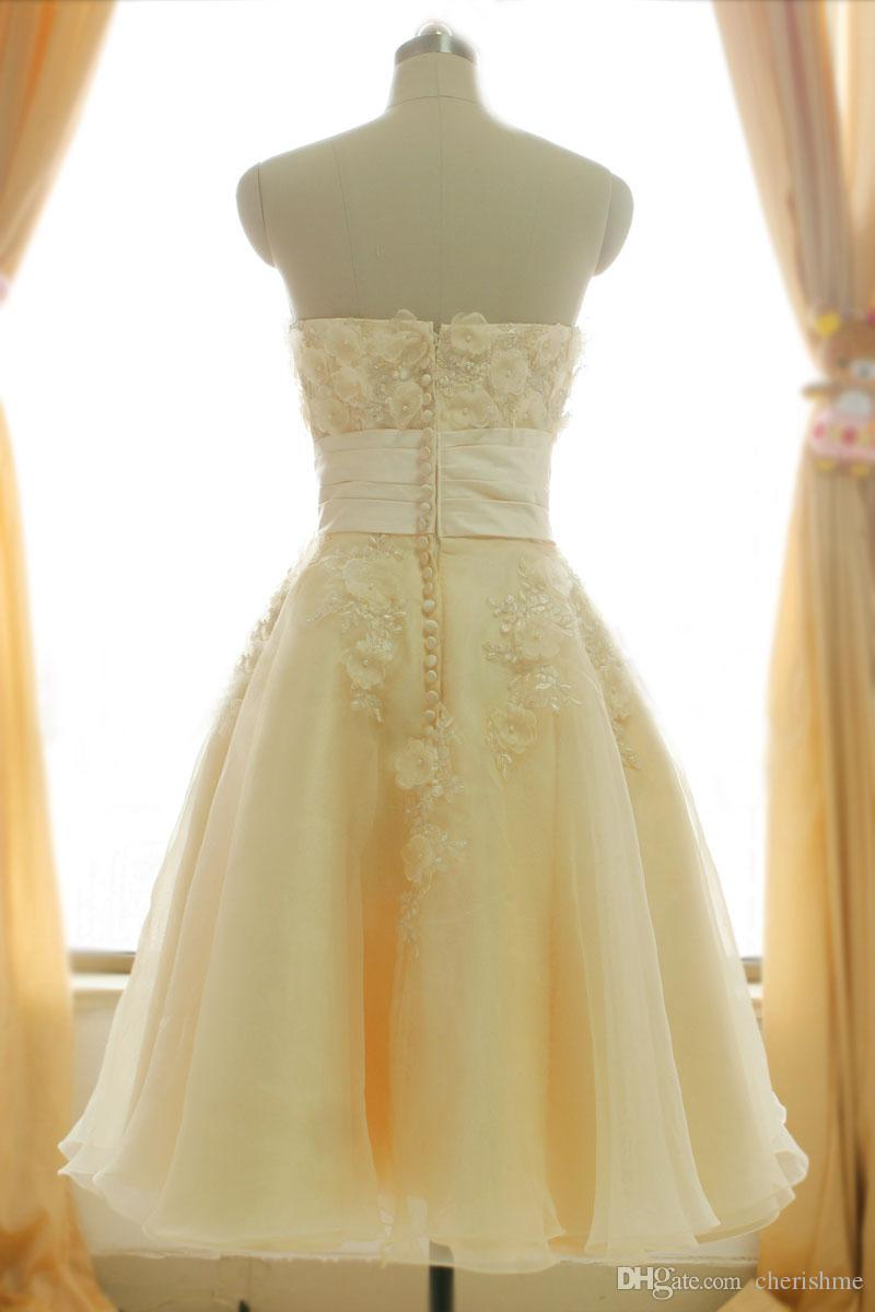 Charming Light Yellow Tuller A-line Sweetheart Applique Beaded Short ...