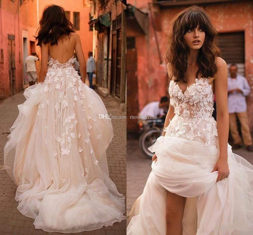 Gorgeous Backless 2019 Flowers Wedding Dresses Halter Appliques Open Back A Line Summer Boho Beach Illusion Bodice Bridal Gowns Customized