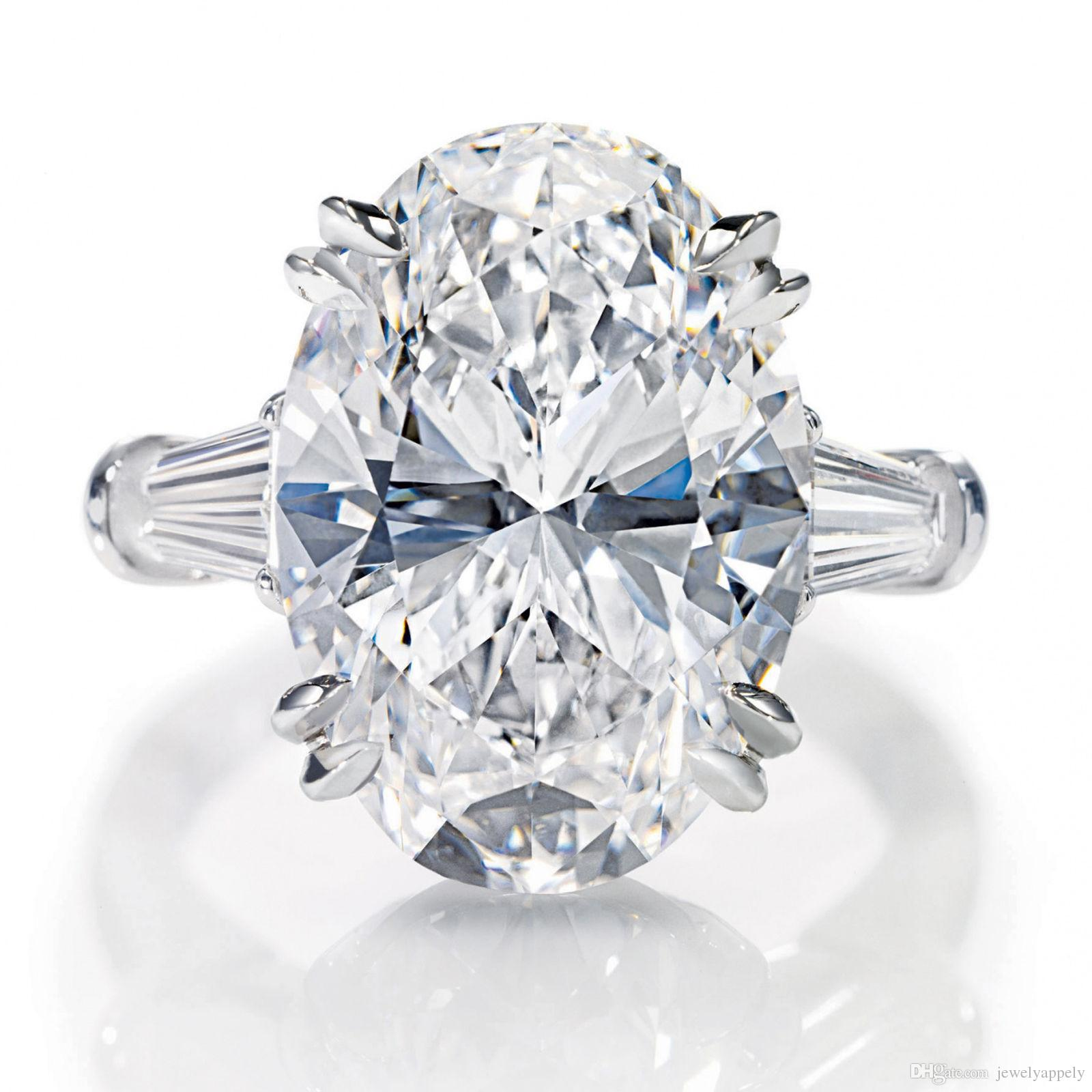 2017 3 Carat Gia Certified Vvs1 Oval With Tapered Baguette Diamond