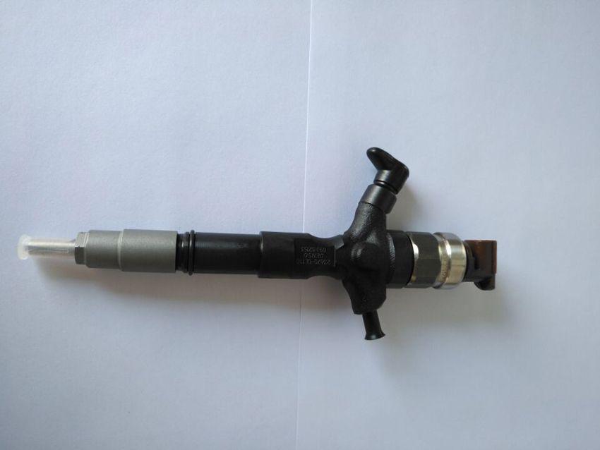 4 adet 2KD-FTV 2KD Motor Orijinal Den / SO Common Rail Yakıt Enjektör 295050-0810 295050-0540 23670-0L110 23670-09380 TOYOTA DYNA HIACE HILUX