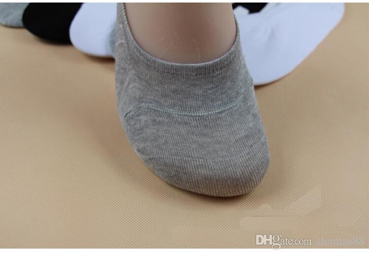 Venta al por mayor envío gratis Hot Unisex hombres mujeres Low Cut tobillo calcetines Casual algodón suave calcetín holgazán barco antideslizante invisible 3 Colo