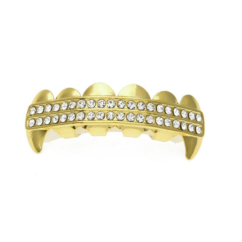 Fashion Easy Fitting Hip Hop Fangs 2 Rows Rhinestone Teeth Grillz Gold Plated Top Bottom Grillz Set Vampire Teeth