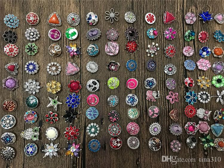 Hot 50 unids / lote Mezcla de Alta calidad Muchos estilos 18mm Metal Snap Button Charm Rhinestone Styles Button rivca Snaps Joyería NOOSA botón 4647