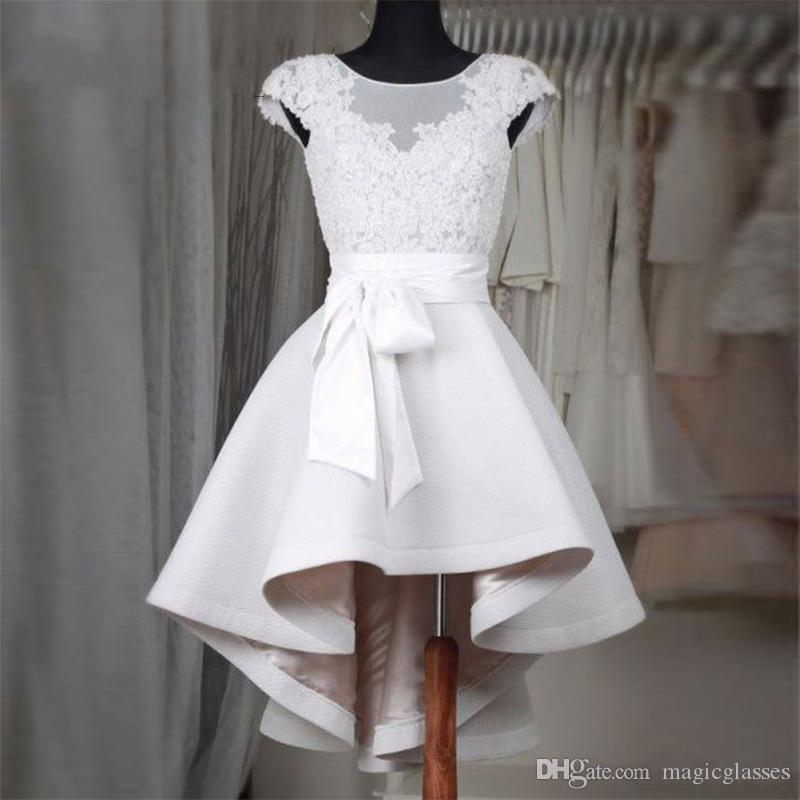 Elegant Short White Homecoming Dresses 2017 A-line Jewel Neck Sleeveless Lace Corset Ruffles Skirt Prom Dress Formal Gowns