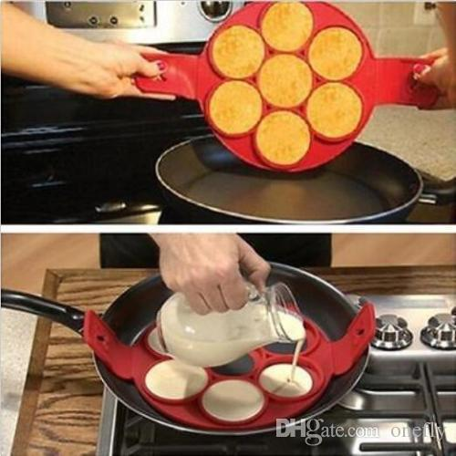 Hot flippin non stick pancake fantastic fast easy way to make good hot flippin non stick pancake fantastic fast easy way to make good panicakes clad iron cookware classic cookware from onefly 468 dhgate ccuart Gallery