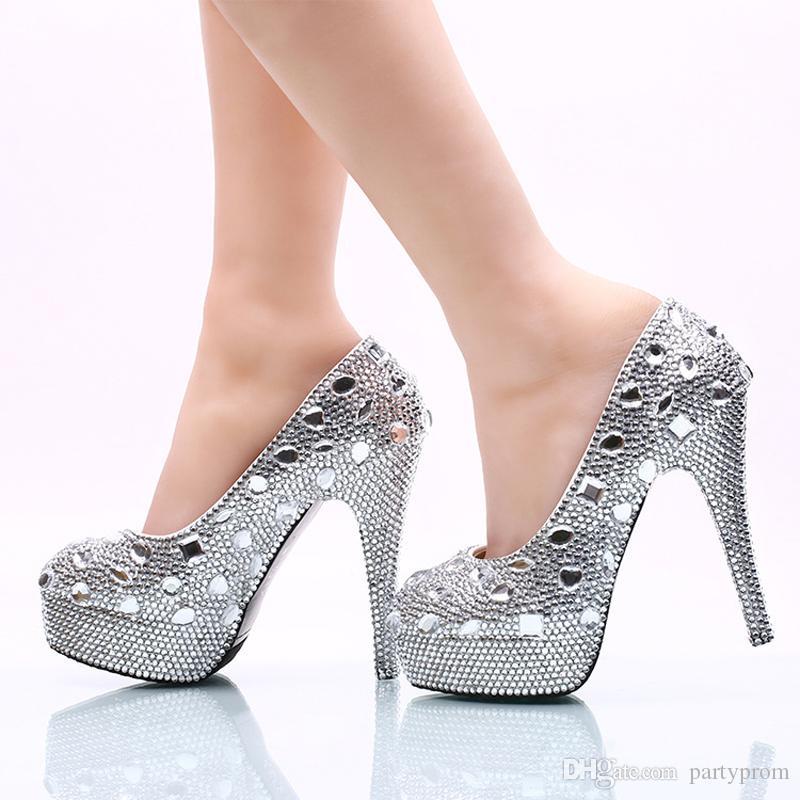 3c90948dd Calçados Tanara Sapatos De Casamento De Strass Prata Plataforma De Cristal  De Salto Alto Mulheres Sapatos De Casamento Vestido De Noiva Sapatos Lindo  Bombas ...