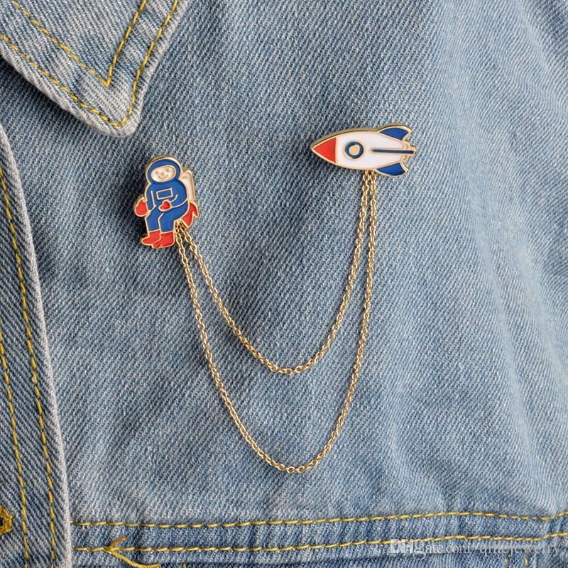 Cute 3 Style Chain Tassel Brooch Astronaut Bear Wolf Collar Shirt Pin Jacket Denim Handbag Decor