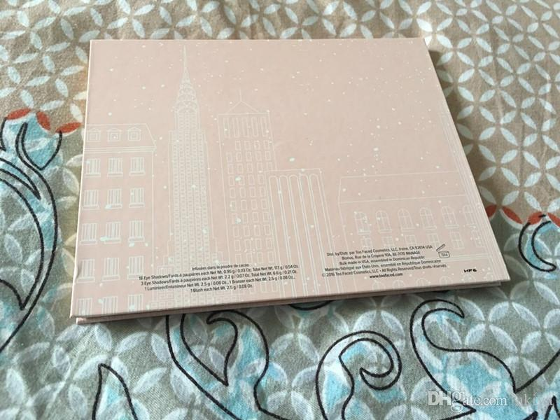 New York Sınırlı Sayıda Noel Göz Farı 24 renkler THT ÇİKOLATA SHOP Göz Farı Koleksiyonu chrismas tatil paleti