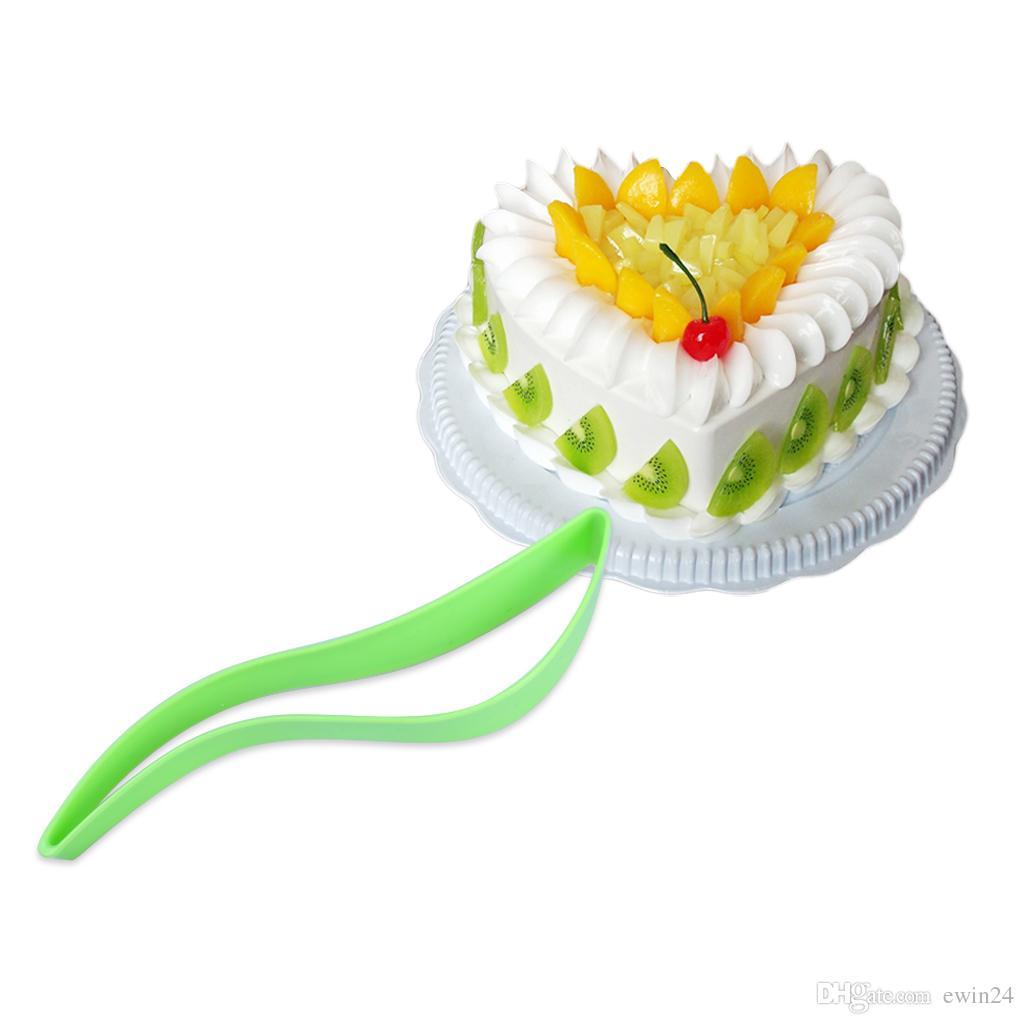 New Cake Slicer Sheet Guide Cutter Server Bread Slice Kitchen Gadget Multiple Color Cake Pie Slicer