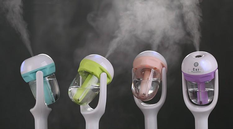 Diffuseur voiture Humidificateur Air Aroma Purificateur Essential Mist Maker 12V 1.5W 4 couleurs 50 ml