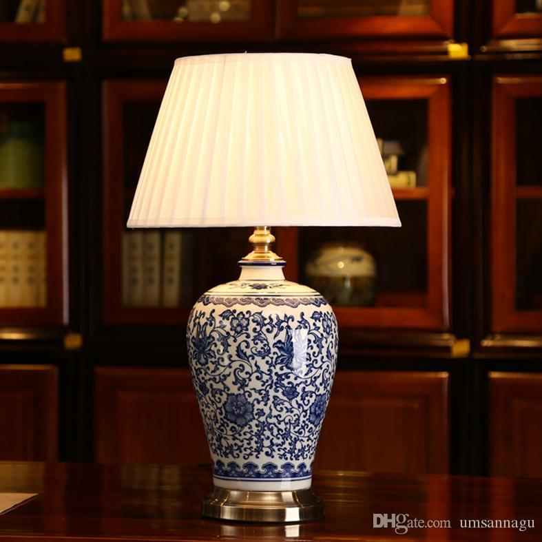 2018 Led Dimmable Blue And White Porcelain Table Lamps