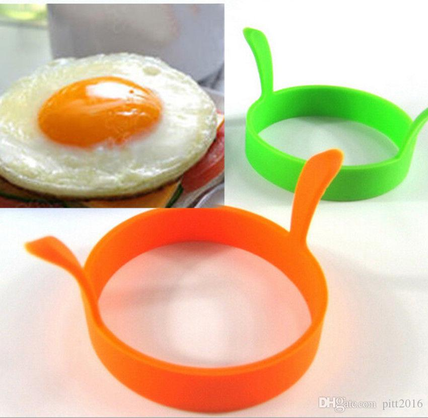 Wholesale Food grade Kitchen Round Silicone Egg Fry Fried Oven Poacher Pancake Ring Mould Tool