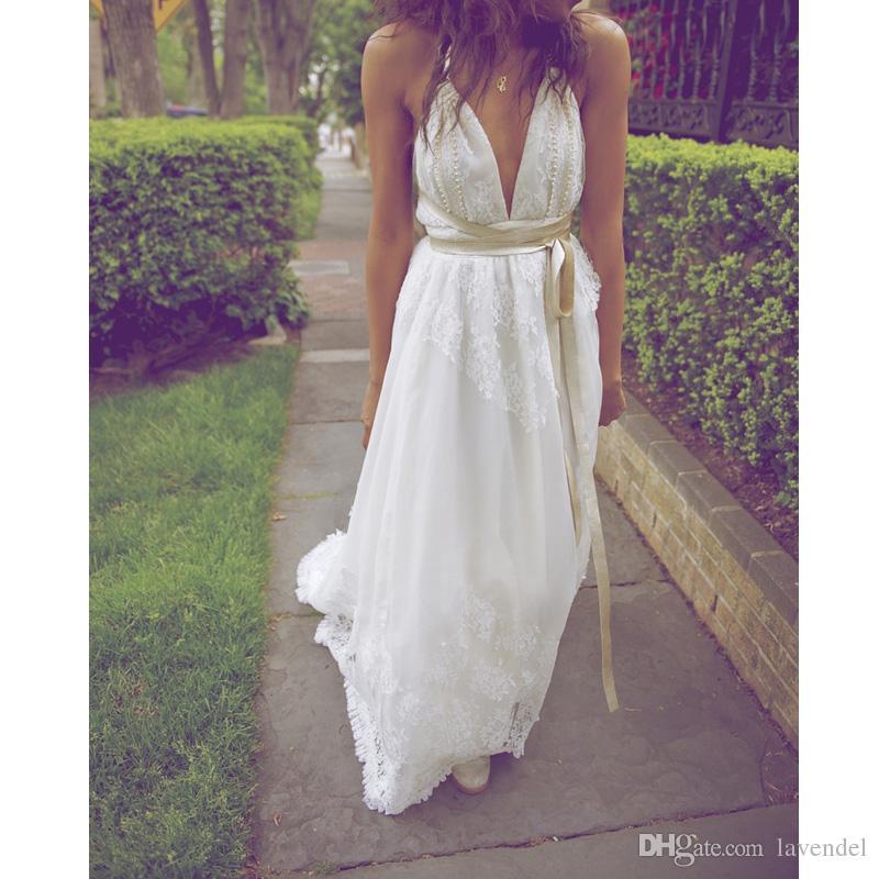 2018 New Sexy Boho Lace Halter Wedding Dress Halter Pearls Wedding Gown A-Line Bridal Dress With Ribbon Sash