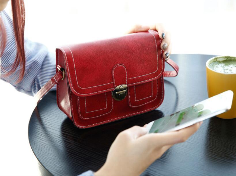Vintage Flap Women Shoulder Bags Lady Girls Phone Camera Small Bags Cross Body Messenger Bags 16*20*7cm
