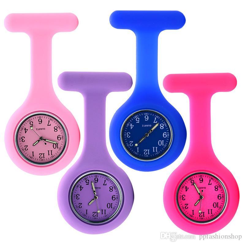 Relojes de alta calidad de moda, reloj de bolsillo de enfermera de silicona, mesa de pecho, tabla colgante pin, moda una variedad de relojes de estilo de colores wholesa