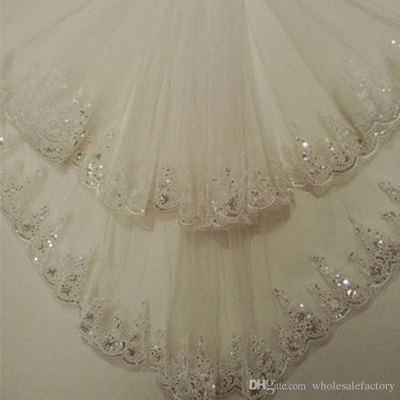 Stock Short Wedding Veil with Comb 1.5 Meters Bridal Veil with Sequin Lace Appliques Cheap Bridal Accessories