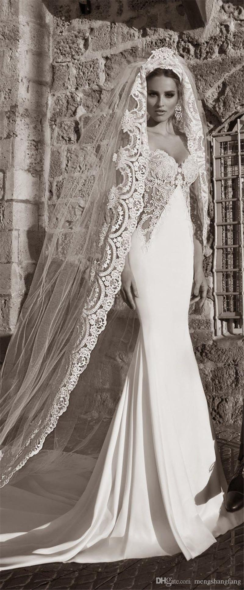 3 M Length 3 M Width Vintage Style Cathedral Bridal Veil with Comb Long Lace Appliques One Layer Wedding Dresses Veil