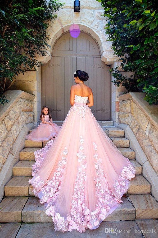 2018 Erstaunlich Arabisch Tüll und Organza Rosa Prom Kleider Luxus Handgemachte Blumen Lange Mutter und Tochter Kleider Vestidos