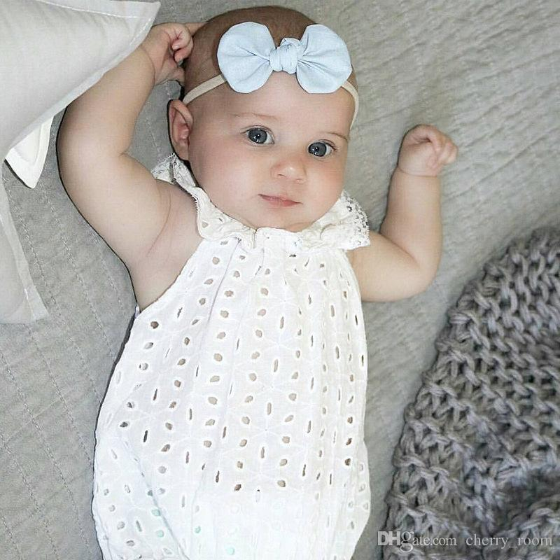 New 2017 Baby Rompers Toddler Girls Onesie Clothing Jumpsuit Girl Lace Hollow Romper Sleeveless Lotus Collar Rompers One-piece White A6095