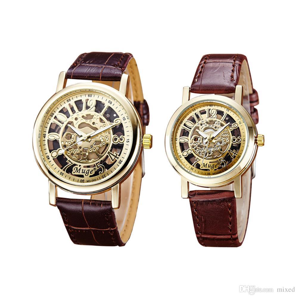 / set montres amants bracelet en cuir creux montre-bracelet femmes hommes montre à quartz de mode couple montres