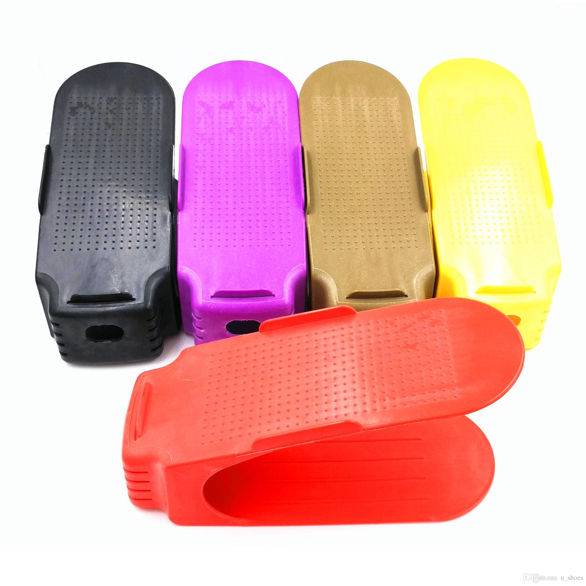 Fournitures de Maison Type De Rack De Stockage Intégré Épaississement Simple En Plastique Mignon Solide Couleur Chaussure D'intérieur Chaussure Rock Livraison Gratuite