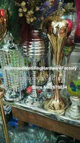 Zihinsel trompet vazo centerpieces / çiçek vazolar ayağı / krom kaplama sütunlar çiçekler duruyor