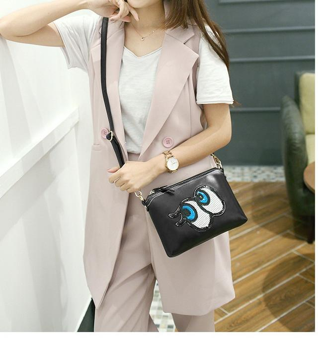 New women black cartoon big eye long style bag lady designer shoulder crossbody bags girl fashion small evening clutchs no96