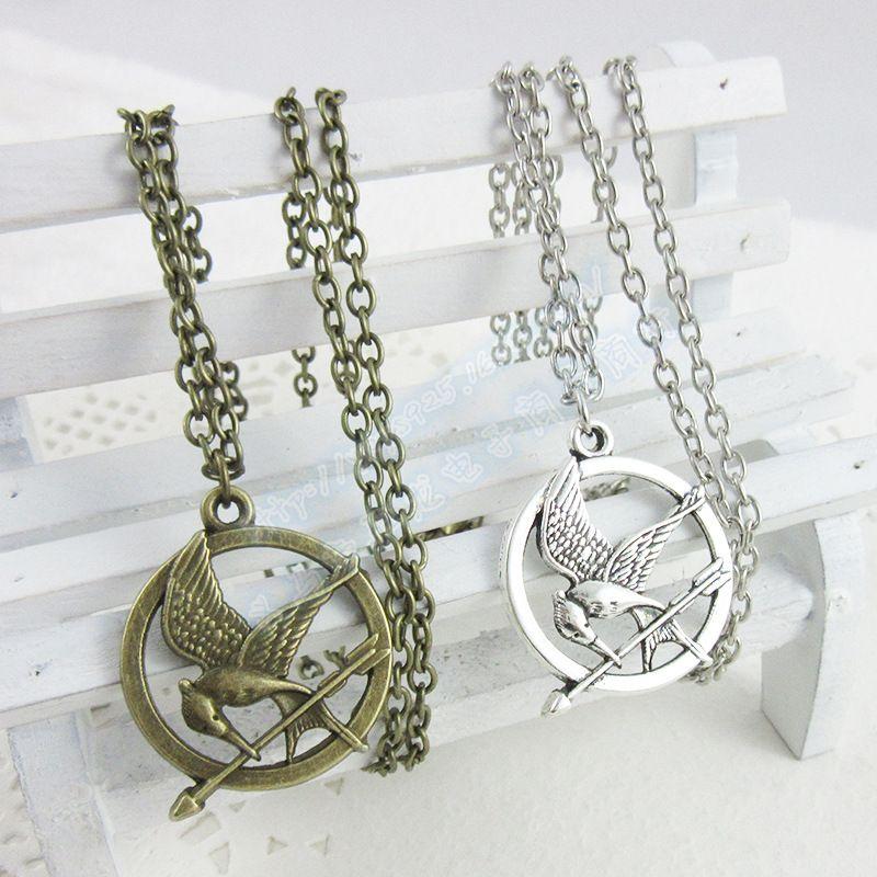The Hunger Games Necklaces Inspirado Mockingjay And Arrow Colgante Necklace, Authentic Prop imitación de joyería Katniss Movie The Hunger Games