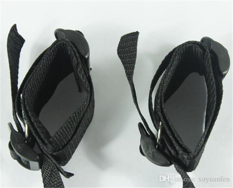 침대 속박 제품 세트 성인 게임 장난감 세트 손목 수갑 Footcuff 채찍 밧줄 눈 가리개 커플 에로틱 장난감 문자열 SM 장난감을 조정할 수 있습니다