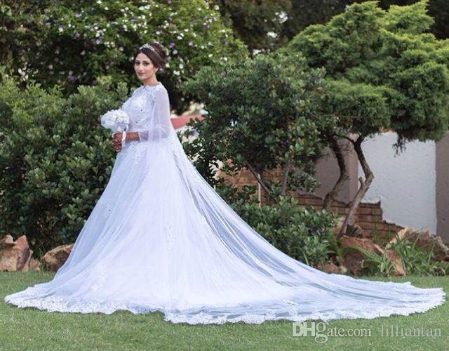 Robes de mariée en dentelle musulmane avec manteau Cape Arabic Dubai Applique dentelle robes de mariée en perles robe de noiva cathédrale train robes de mariée