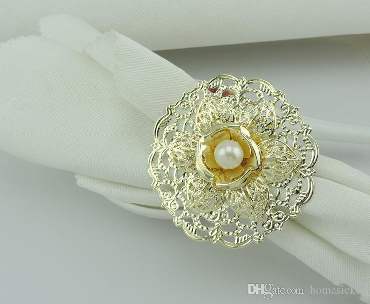 Fashion Gold Metal Flower Stili Anelli di tovagliolo Perle bianche Tovagliolo Fibbia ricevimento di nozze Decorazioni la tavola Forniture